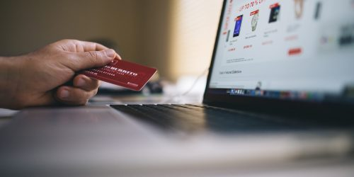 Top 10 E-commerce Stocks To Buy